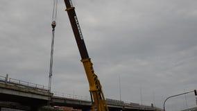 Turijn, Piemonte, Italië 21 mei 2018 De vernieling van het viaduct van Corso Grosseto stock videobeelden