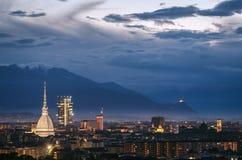 Turin et x28 ; Torino& x29 ; panorama élevé de définition Images libres de droits