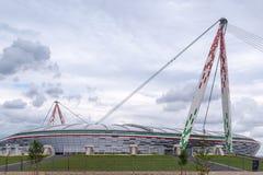 TURIN, ITÁLIA - 25 de abril de 2012 - de Juventus do estádio estádio de Allianz agora - casa do clube do futebol de Juventus imagem de stock royalty free