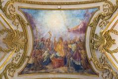 TURIN, ITÁLIA - 14 DE MARÇO DE 2017: O fresco do teto do milagre eucarístico pela igreja Basílica del Corpus Cristo Luigi Vacca Imagens de Stock