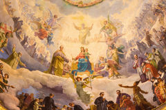 TURIN, ITALIEN - 15. MÄRZ 2017: Das Detail des Freskos Mary Help der Christen in der Kuppel von Kirche Basilika Maria Ausiliatric Lizenzfreie Stockbilder