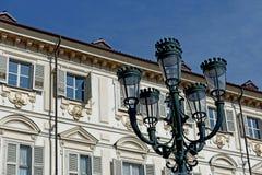 Turin piazzaSan Carlo Street lampa Arkivbild