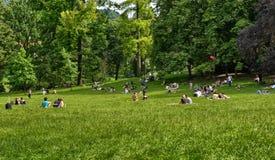 Turin, Piedmont, Italy Em junho de 2018 No parque de Valentino imagens de stock