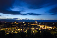 Turin scenisk panorama med vågbrytaren Antonelliana Arkivbild