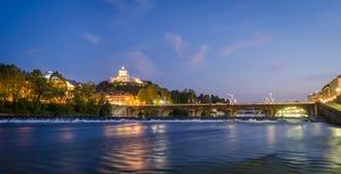 Turin (Torino), flod Po och Murazzi Royaltyfri Bild
