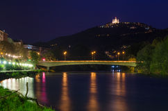Turin (Torino), flod Po och Superga Arkivfoto
