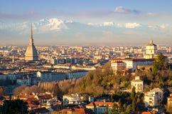 Turin (Torino), landskap med vågbrytaren Antonelliana Royaltyfria Bilder
