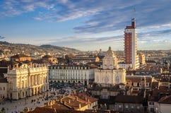 Turin (Torino), panorama da torre de sino da catedral Imagem de Stock