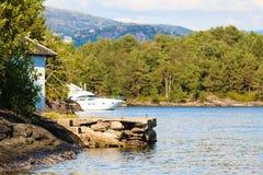 Turism och lopp Landskap och fjord i Norge Arkivbilder