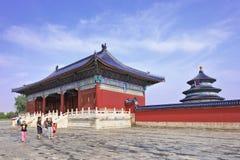 Turismo doméstico em Templo do Céu, Pequim, China fotografia de stock royalty free