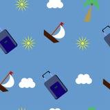 Turismo e recreação com barcos, malas de viagem, sol e nuvem Imagens de Stock