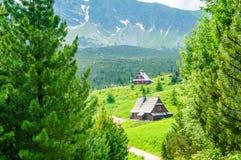 Turismo em montanhas polonesas Casa calma na madeira Imagens de Stock Royalty Free
