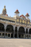 Turismo en el palacio de Mysore Fotografía de archivo