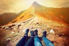 Turismo en montañas Naturaleza en montañas Imágenes de archivo libres de regalías