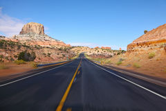 Turismo sull'alta velocità. La strada principale americana Immagini Stock