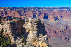 Turist- besök Grand Canyon Royaltyfria Bilder