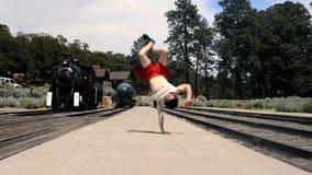 Turist- dansbreakdance i Grand Canyon Arkivfoton