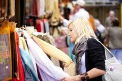 Turist de las compras Imagen de archivo libre de regalías