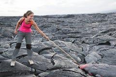 Turist för Hawaii stor ölava på vulkan Royaltyfria Foton