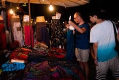 Turist- gå gata i Chiang Mai Royaltyfria Bilder