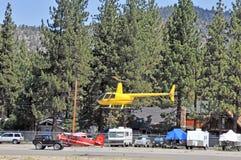 Turist- helikopter Fotografering för Bildbyråer
