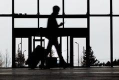 Turist i flygplats arkivfoto