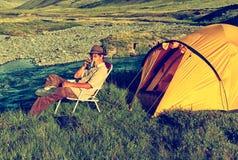 Turist i läger Arkivfoto