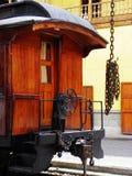 Turist- järnväg i Alausi till Nariz del Diablo royaltyfri foto