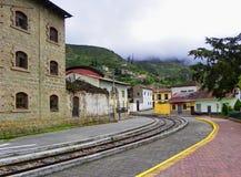 Turist- j?rnv?g i Alausi till Nariz del Diablo, Ecuador royaltyfria bilder