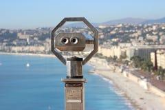 Turist- kikare på Nice Royaltyfria Bilder