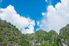 Turist- populärast ställe för fartyg i Vietnam Arkivfoton