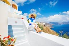 Turist som kopplar av på semester fotografering för bildbyråer