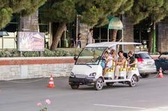 Turist- trans.bil i Alushta, Krim, Ukraina royaltyfria foton