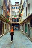 turist- venice kvinna Royaltyfria Bilder
