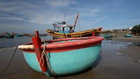 Turist Vietnam fiska för fartyg som är traditionellt lager videofilmer