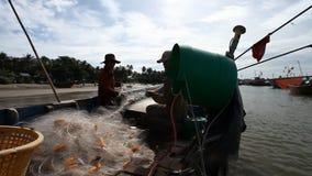 Turist Vietnam Fiskeläge i Mui Ne stock video
