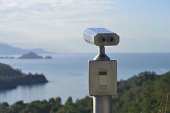 Turista binocular Imágenes de archivo libres de regalías