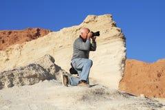 Turista che fotografa il canyon Immagini Stock