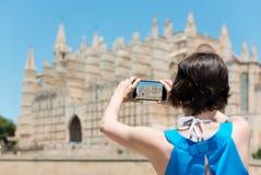 Turista de la mujer en Mallorca fotos de archivo