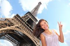 Turista de la torre Eiffel Fotos de archivo libres de regalías