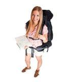 Turista del viaggiatore con zaino e sacco a pelo della donna Immagini Stock