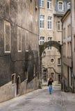 Turista della donna a Lussemburgo Immagine Stock