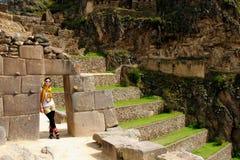 Turista em trekking no Peru fotos de stock