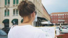 Turista femenino almacen de video