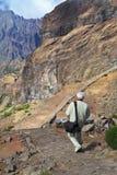 Turista-fotografo con un grande sacchetto della foto Fotografia Stock