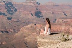 Turista a Grand Canyon Immagini Stock