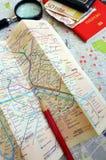 Turista mayor en el concepto de París Foto de archivo libre de regalías