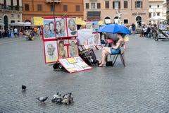 Turista na praça Navona, Roma, Itália imagens de stock