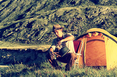 Turista no acampamento Fotografia de Stock
