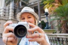 Turista que toma fotos foto de stock